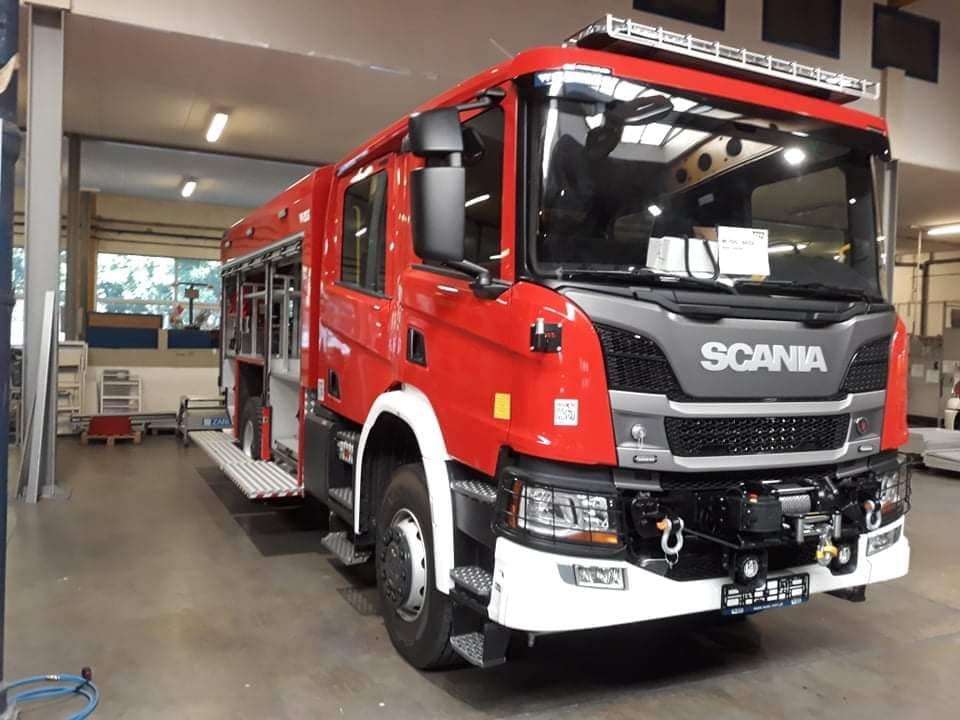 Ilustracja do informacji: Gmina Bartoszyce otrzymała dofinansowanie na zakup nowego samochodu pożarniczego dla jednostki OSP Bezledy